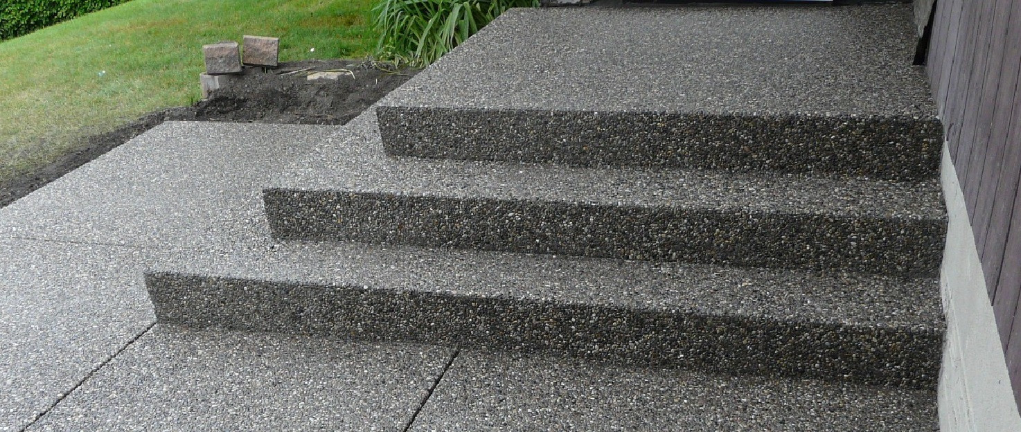 Expossed aggregate steps.