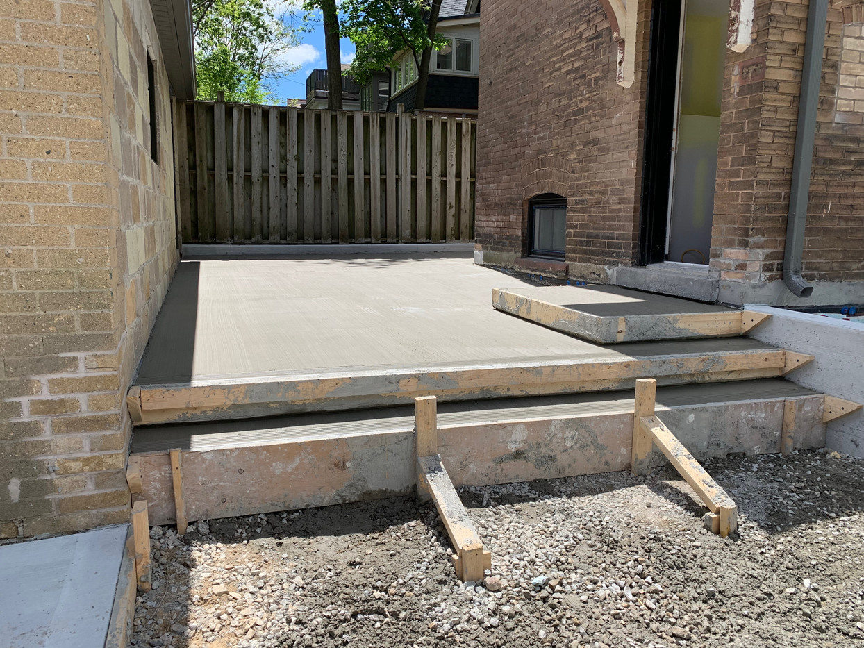 Deck pour from home to garage.
