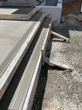Clean lines steps.