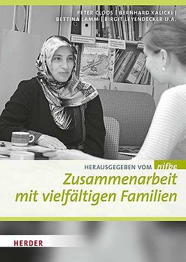 zusammenarbeit-mit-vielfaeltigen-familie