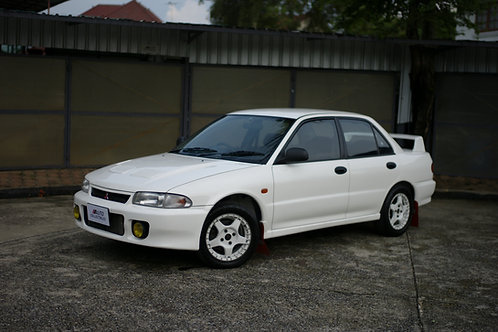Mitsubishi RS Evolution (CD9A)