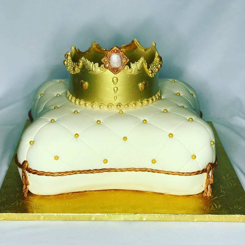 Pillow Cake with gold crown