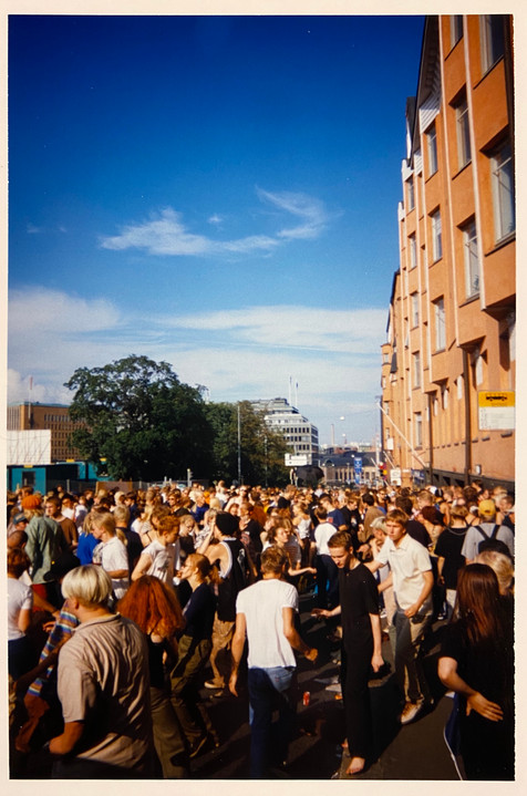 Street Party, 1998