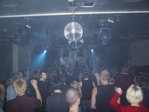 Freeform, 2002