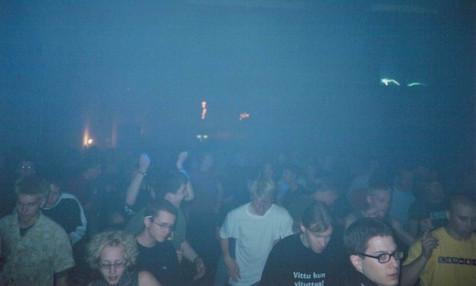 Stealth 5, 2001