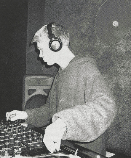 Muffler, Freeform 2003