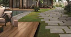 Unilock_Porcelain-Tile-Elevated-PatioWal