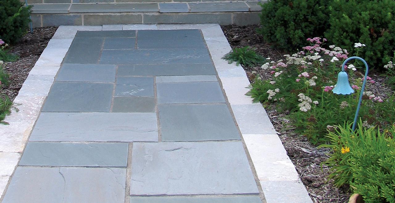 Antique-Bronze-Fieldstone-with-Bluestone