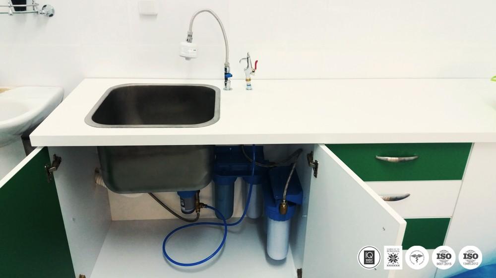 MEDISAFE 5 FMT SM - sistem de producere apa sterila pentru spalare instrumentar medical