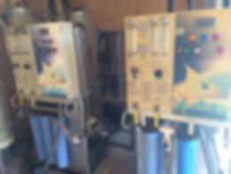 Reverse osmosis machines
