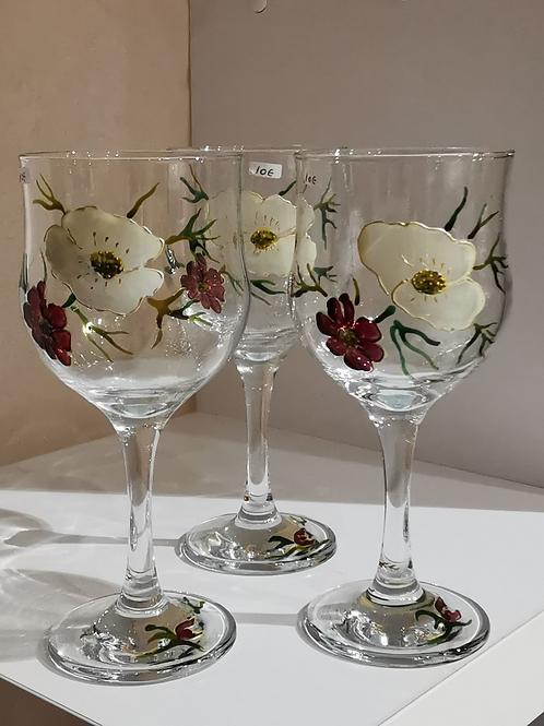 Verre de table fleurs blanches et bordeaux