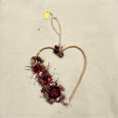 Cœur couronne fleurs séchées