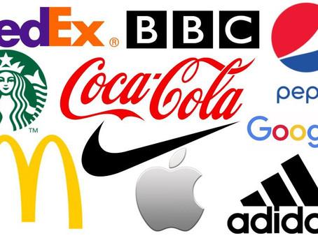 Εν αρχή ην το logo και το logo ην προς το κοινό
