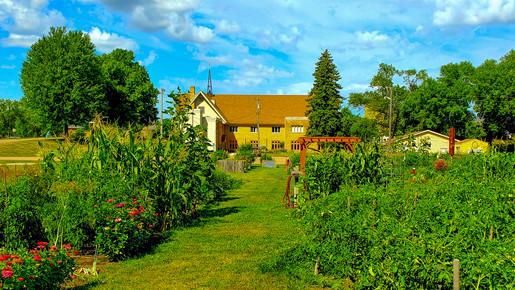 50+ Gardens Outside of Bethel