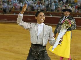 Francisco Palha y Lea Vicens cortan dos orejas en la de rejones de Huelva