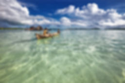 lagoon-2349401_1920.jpg
