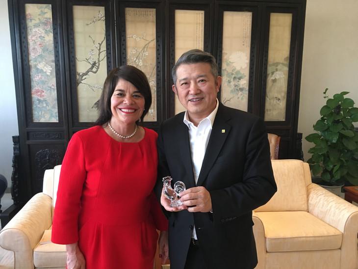 Chairman Chen Dongsheng and VAK photo Ja