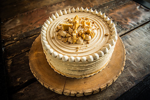 Organic Peanut Butter & Jam Cake with Vanilla Cream