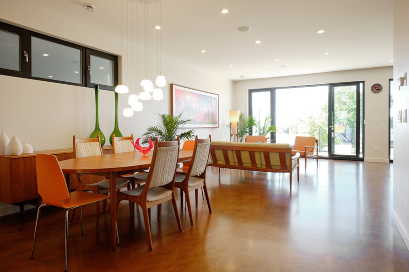 1st Floor Dining & Living Area