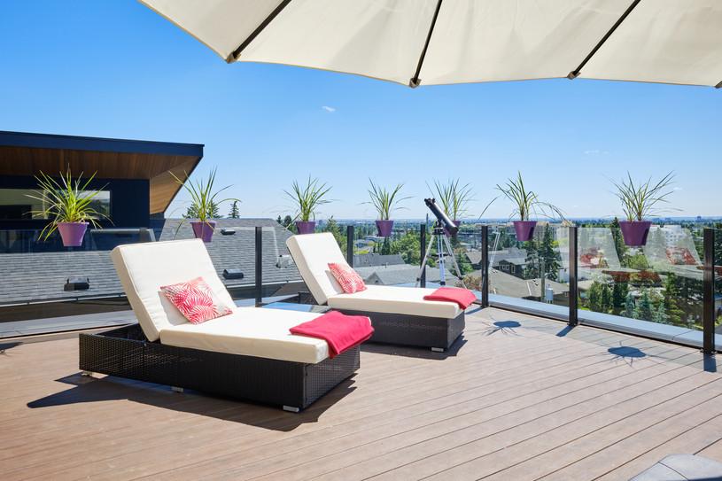 Penthouse South Deck