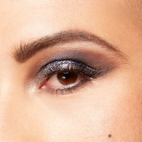 4 Surefire Ways To Make That Eyeshadow Stay Put