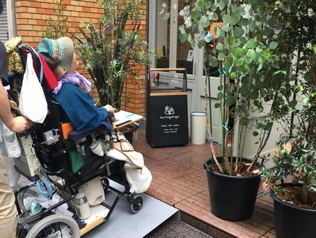 車椅子・ベビーカー用スロープあります