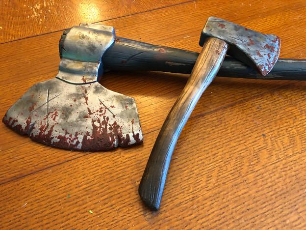 Huntress Ax and Hatchet
