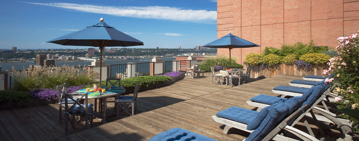 Rooftop Sun Deck