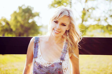 Natalie Murphy country music booking Backstage Nashville