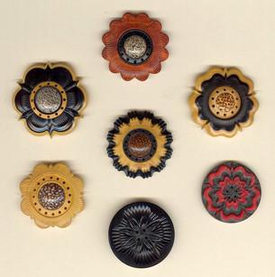 jonsauer_buttons_ornaments_009jpg