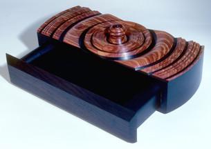 tulip-rosewood-box-openjpg