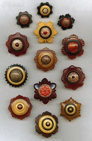 jonsauer_buttons_ornaments_010jpg