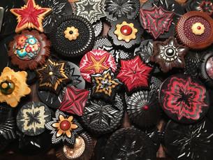 jonsauer_buttons_ornaments_014jpg