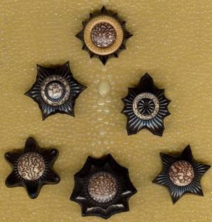 jonsauer_buttons_ornaments_025jpg
