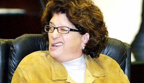 Bete Pavin e outros terão de devolver dinheiro ao cofre público de Colombo