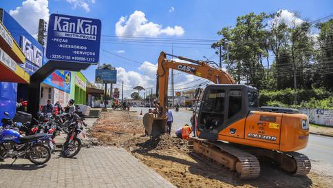 Curitiba: Obras na Cruz do Pilarzinho avançam e vão melhorar o trânsito e integrar o transporte