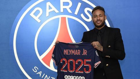 Neymar renova contrato com o PSG até 2025