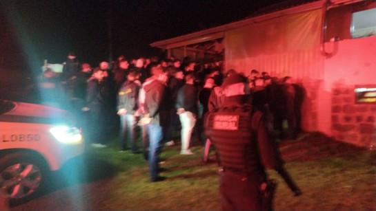 Cascavel: Dois homens são presos com ecstasy em festa clandestina que reunia 150 pessoas