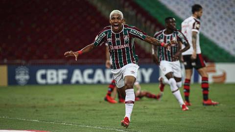 Fluminense derrota o Flamengo por 3 a 1 com show de John Kennedy