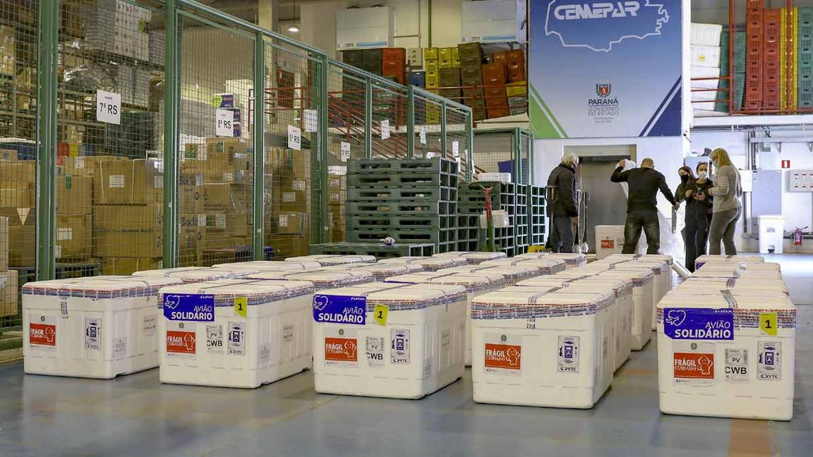 Paraná receberá 649.420 doses de vacinas contra a Covid-19 nesta semana