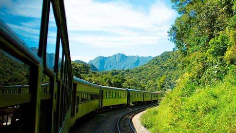 Roteiro de trem entre Curitiba e Morretes volta a operar neste final de semana