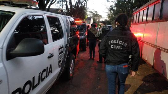 Polícia busca prender 21 suspeitos de roubarem fazendas e grandes empresas no Paraná