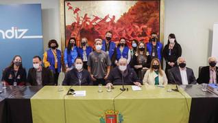 Parceria garante contratação de aprendizes que vão trabalhar na Prefeitura de Curitiba