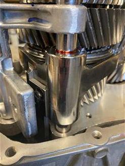 MT-82 D4 Billet 1-2 Fork (Mobile).jpg
