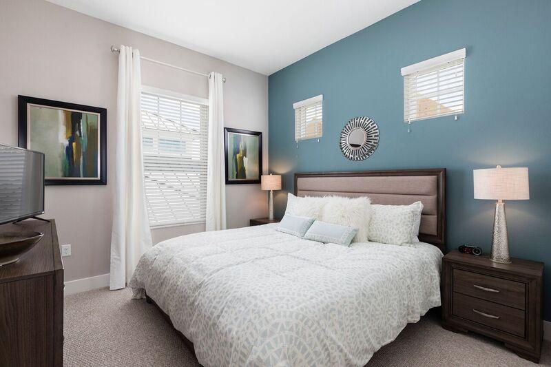 Bed2.jpg