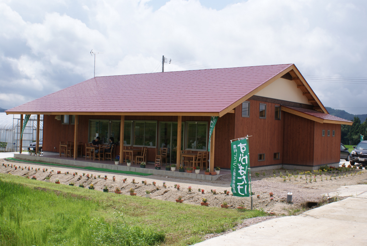 農村レストラン&農産物直売所すがばたけ【メニュー開発、人材育成、デザイン】