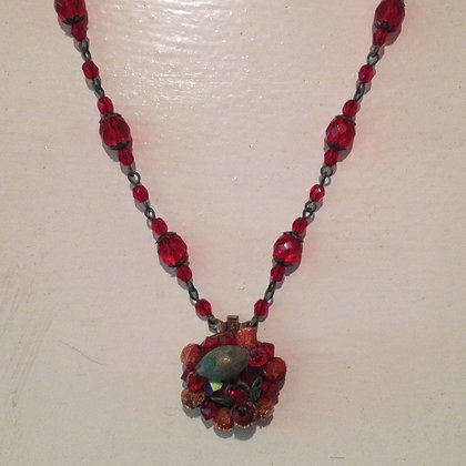 Light Garnet Necklace