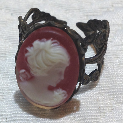 Barn Red Cameo Ring