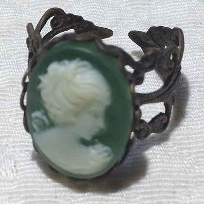 Hunter Cameo Ring