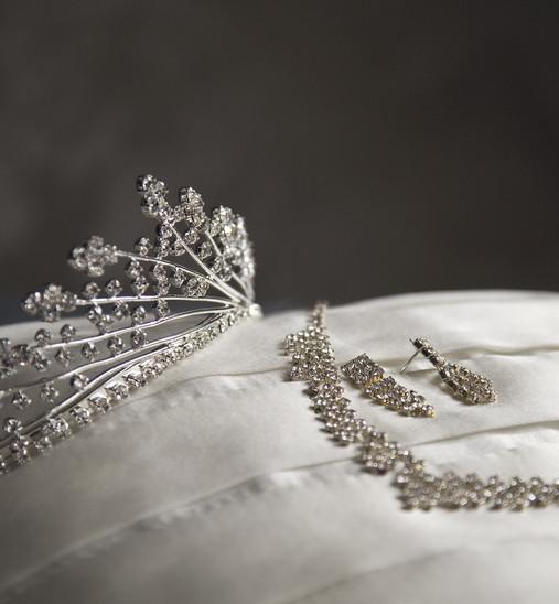tiara jewellery.jpg